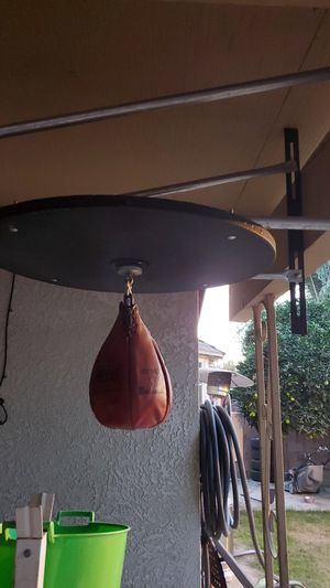 Speed bag 🎒 for Sale in Delano, CA