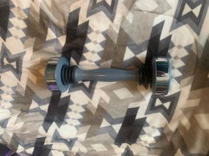 Shake Weight 5lbs (Need Gone) for Sale in Providence, RI