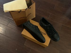 Men's Louis Vuitton Canvas Sneakers for Sale in Dallas, TX