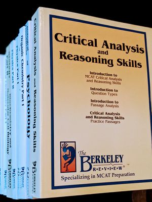 Berkeley Review MCAT Books (Full Set) for Sale in Tacoma, WA