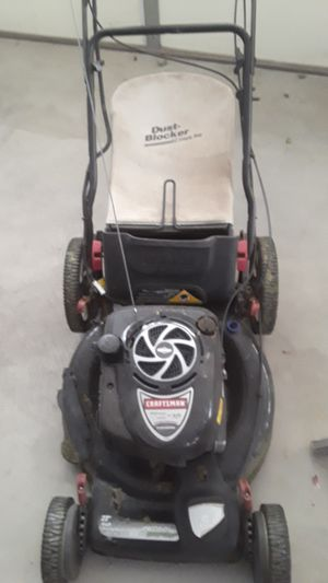 Craftsman lawn mower 190cc 6.75 for Sale in Riverside, CA