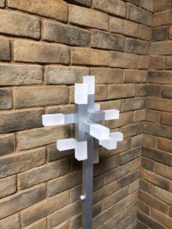 Sonneman 2145.16 Connetix 56 inch 20 watt Bright Satin Aluminum Floor Lamp Portable Light for Sale in Auburn,  WA
