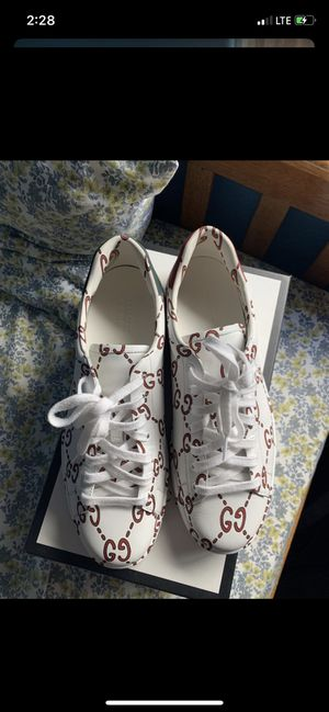 Gucci shoes gg print size 11 for Sale in Oakley, CA