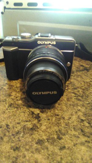 Olympus camera with additional lens for Sale in San Antonio, TX