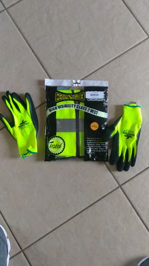 Safety vest and gloves for Sale in Dallas, TX