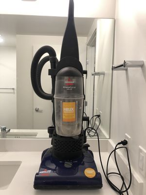 Bissell Powerforce Helix vacuum cleaner for Sale in Seattle, WA
