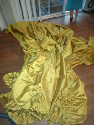 Gold long curtain panels for Sale in Ailey, GA