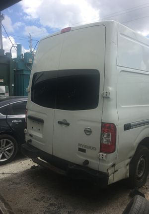 Nissan nv 2500 for parts for Sale in Miami, FL