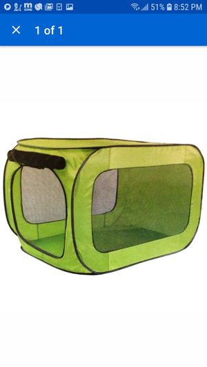 Pop open Dog Kennel Medium For Dog up top 50 lbs Green for Sale in San Diego, CA