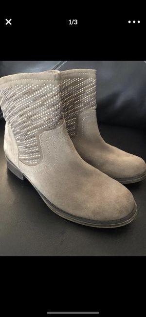 Carlos Santana- Light Tan Women's Boots Size 6 for Sale in Dallas, TX