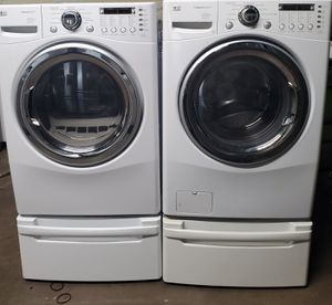 LG WASHER AND DRYER STEAM for Sale in Gallatin, TN