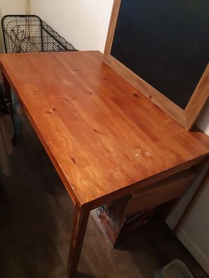 Kitchen Table and 4 chairs for Sale in Glendale, AZ