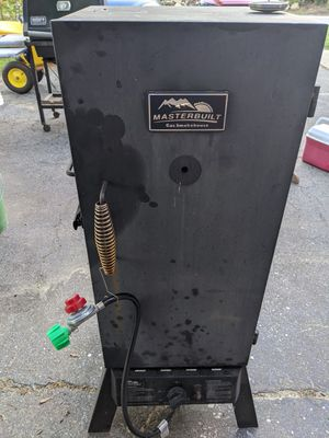 Masterbuilt propane/charcoal vertical smoker for Sale in Chelmsford, MA