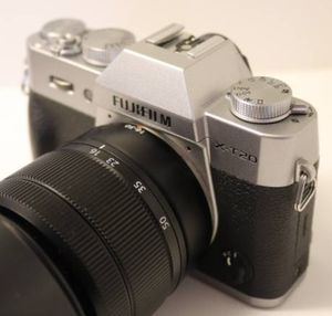 Fujifilm x-t20 mirrorless camera with 16-50mm lens for Sale in Miami, FL