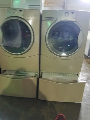 KENMORE ELITE WASHER AND DRYER SUPERCAPACITY WITH PEDESTALS for Sale in Hialeah, FL