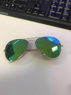 Aviator Sunglasses Ray Ban for Sale in Seattle, WA