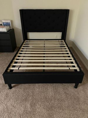 """Home Life Premiere Classics Cloth Black Linen 51"""" Tall Headboard Platform Bed with Slats Full for Sale in Tampa, FL"""