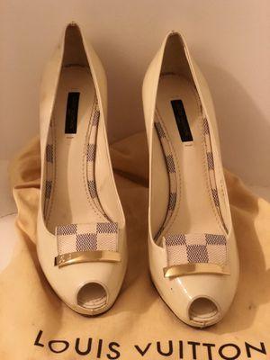 Louis Vuitton heels w/ 1 dust bag! 100% Authentic!! for Sale in Glen Burnie, MD