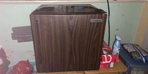 Mini fridge for Sale in Richmond, VA