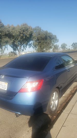 Honda civic 206. 5 sped. Manual transmission $2400. for Sale in San Diego, CA