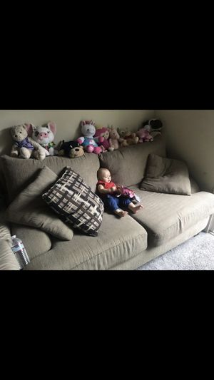 FREE COUCH PLEASE READ DESCRIPTION!! for Sale in Upland, CA
