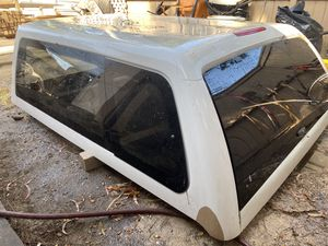 Leer camper shell for Sale in Huntington Beach, CA