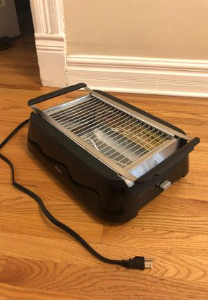 Philips Smoke-Less Infrared Grill with BBQ & Steel Wire Grids for Sale in Chicago, IL
