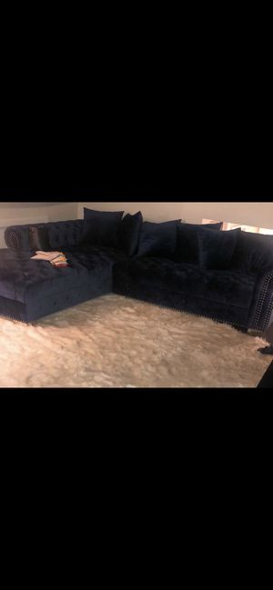 Navy blue couch for Sale in Elmsford, NY