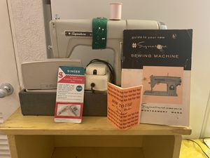 Signature Sewing Machine for Sale in St. Petersburg, FL