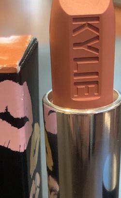 Kylie Jenner Matte lipstick for Sale in Whittier,  CA