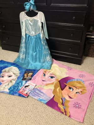 Disney Elsa Costume, Bow, 2 Blankets and 2 Books for Sale in Baton Rouge, LA