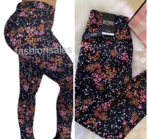 Victoria secret new sport legging for Sale in Stockton, CA