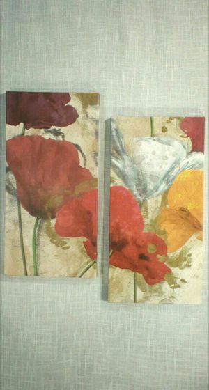 """2pc. Set Flower Canvas Wall Art 20""""x10"""" each - *PICKUP ONLY*- home decor, household, pictures, paintings for Sale in Mesa, AZ"""