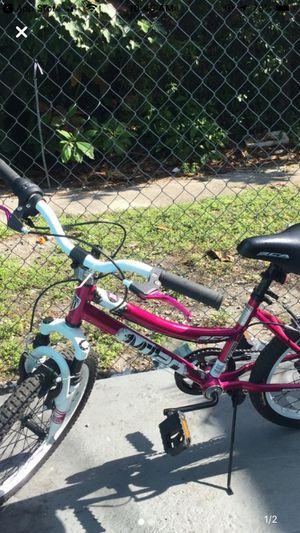 Girl bike for Sale in Fort Lauderdale, FL