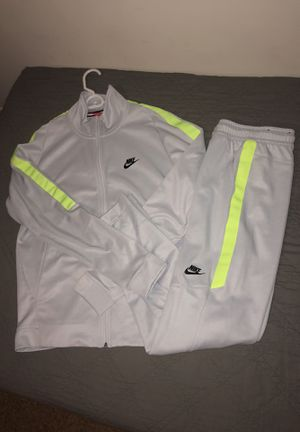 BRAND NEW NIKE TRACKSUIT for Sale in Los Angeles, CA
