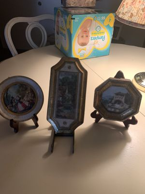 TRIO 3 ITALIAN FLORENTINE Gold Gilt Wood Floral Pictures Plaques for Sale in Wyoming, MI