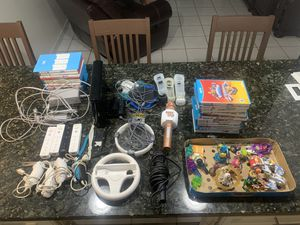 Nintendo Wii U bundle 24 GAMES and ACCESSORIES! for Sale in Kendale Lakes, FL