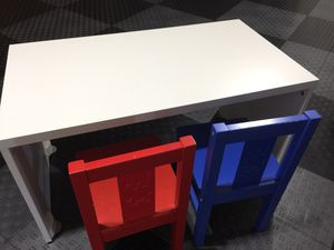 Kids desk and chairs for Sale in Issaquah, WA