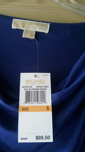 New Michael Kors top size S $10 for Sale in West Palm Beach, FL