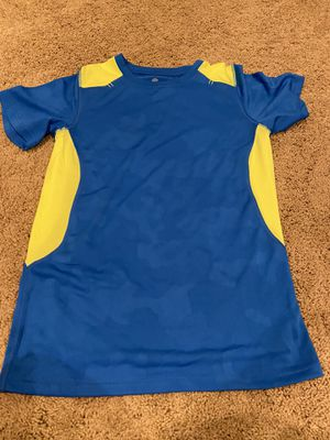 Boys camo blue/neon yellow shirt, size large for Sale in Naperville, IL