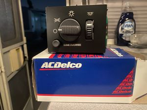 1999-2002 Chevrolet Suburban GM AC DELCO OEM ORIGINAL LIGHT SWITCH for Sale in Chino, CA