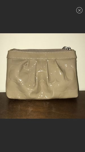 Tan Coach wristlet for Sale in Alexandria, VA