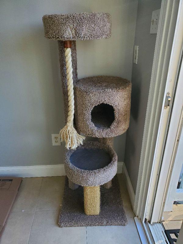 Cat Tree Used 5 Times (ish)