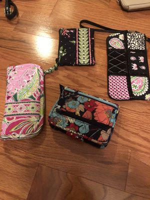 Vera bradley wallet small wristlet eye glass holder for Sale in Halethorpe, MD