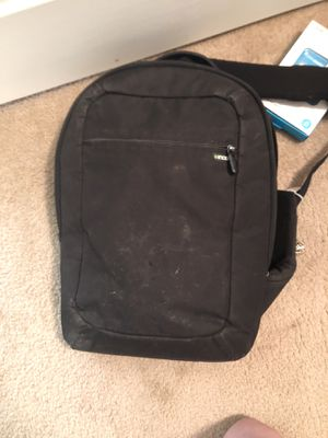 Incase backpack for laptops for Sale in Woodway, TX