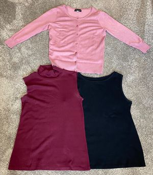 Women size medium clothing lot for Sale in Kissimmee, FL