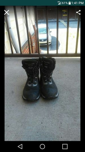 Mens Columbia 200 grams Thinsulate Insulation Boots for Sale in Nashville, TN