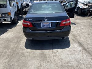 Mercedes E 350 2010 w212 FOR PARTS for Sale in Torrance, CA