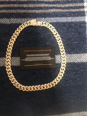Gold Cuban link authentic paid 350 for it sale for 250 for Sale in Fort Drum, NY