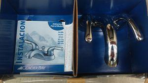 Bathroom Faucet Glacier Bay Chrome for Sale in Pinetop, AZ